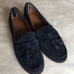 Like new Tommy Hilfiger blue suede Sonya loafers